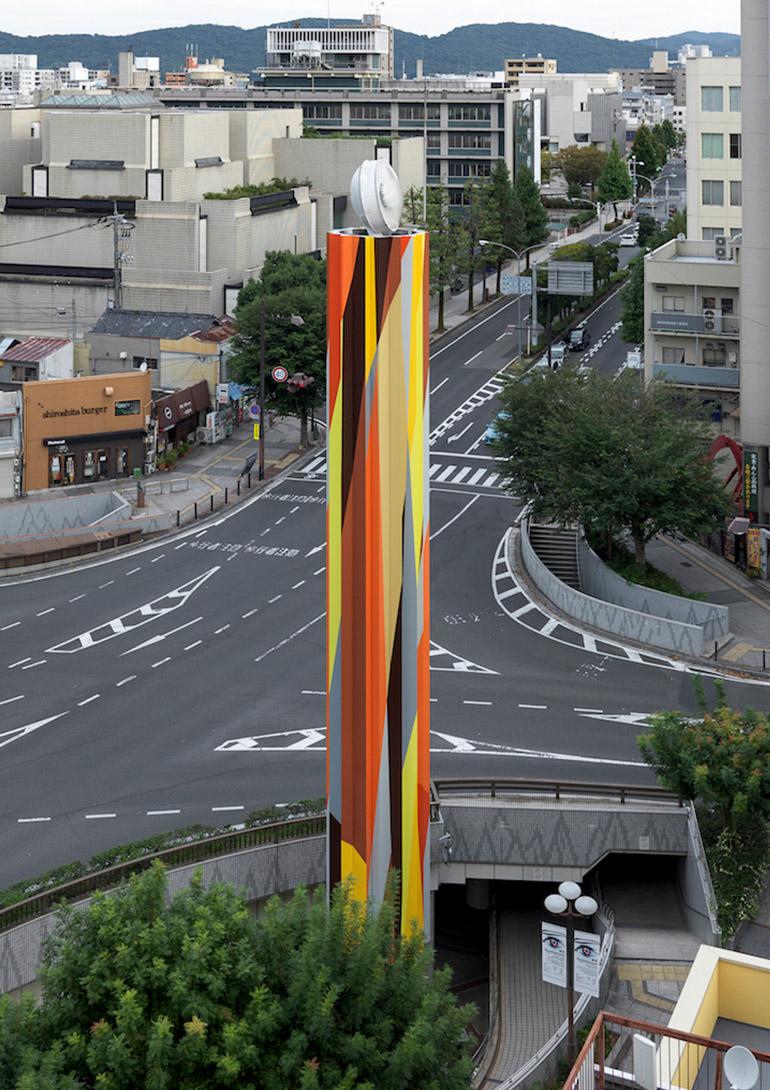 リアム・ギリック(Liam Gillick)《Faceted Development》©Okayama Art Summit 2016, Courtesy of the artist and TARO NASU, Photo: Yasushi Ichikawa:岡⼭芸術交流 2019 プレイベント 「A&C」岡⼭市⽴オリエント美術館他