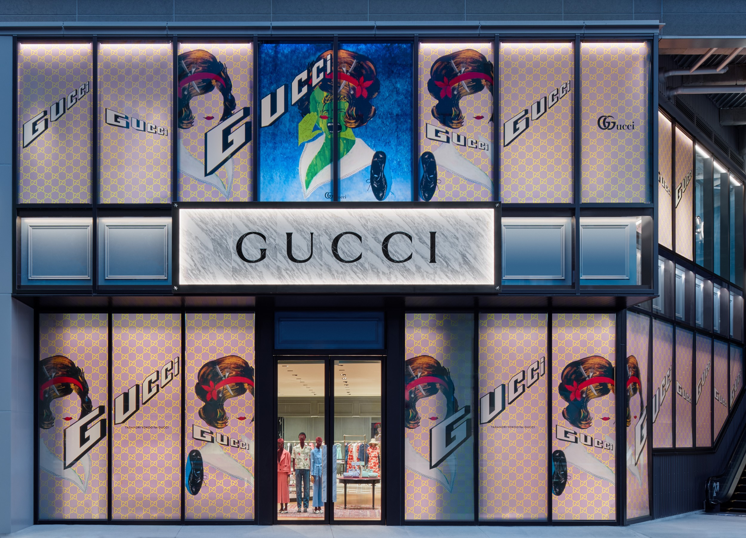 「GUCCI(グッチ)」が渋谷・ミヤシタパークに新店舗をオープン! 日本を代表する2人のアーティスト、横尾忠則と大友昇平が、グッチのために特別なアートワークを制作