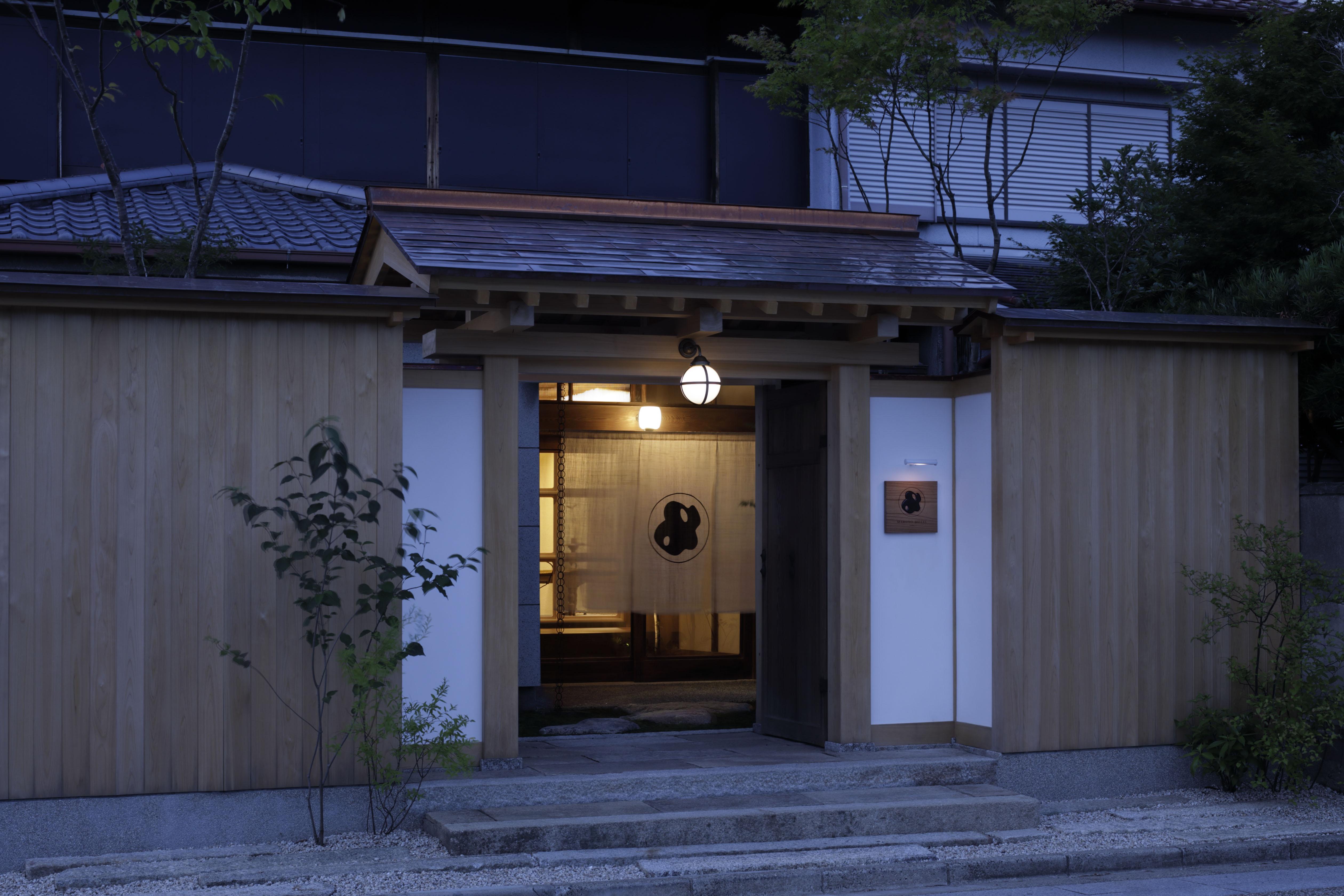 伊勢の玄関口 三重県桑名市に、現代アートと古美術、工芸の融合する古くて新しい、一日一組限定の一棟貸しの宿「MARUYO HOTEL Semba」がオープン!